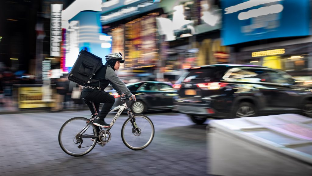 bike delivery in city